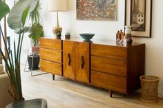 With ample style, storage and solid construction, they just don't make credenzas like this anymore.