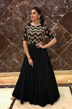 Designer Long Dress Rayon Fabric Ankle Length Gown Kurti with Gota Patti and Emb. Long Gown Dress, Lehnga Dress, Kurti Designs Party Wear, Lehenga Designs, Indian Designer Outfits, Designer Dresses, Indian Attire, Indian Outfits, Stylish Dresses