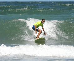 Surf sin límites! Surf, Waves, Outdoor, Wetsuit, Ponchos, Beach, Activities, Summer Time, Sports