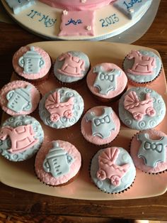 Christening Cupcakes Christening Cupcakes, Baby Shawer, Cup Cakes, Cake Cookies, Cake Pops, Shower Ideas, Desserts, Food, Babyshower