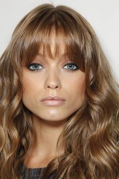 Dark blonde hair with fringe  dark blonde #hair visit www.ukhairdressers.com for #hairstyles and #hairdressing inspiration