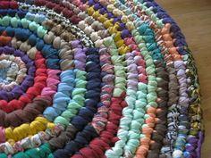 Make A Traditional Rag Rug