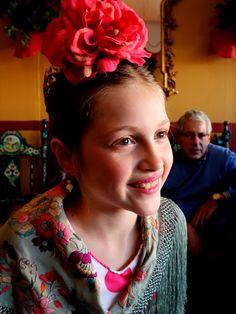 Carmen Cruzado Esquivias, daughter of Carmen Esquivias, at la Casetita de los Nietos de Don Manuel share a laugh, la Feria de Abril de Sevilla, April 14, 2016.  Photo by Gerry Dawes©2016, Canon M3