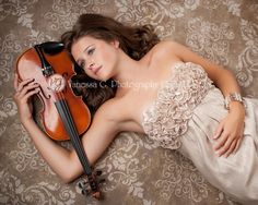 senior pic, violin