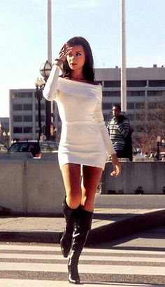 Mini sweater dress with boots. - For some reason this lady makes the outfit look hot ! Sexy Outfits, Sexy Dresses, Short Dresses, Cute Outfits, Clubbing Outfits, Night Outfits, Prom Dresses, Dress With Boots, The Dress