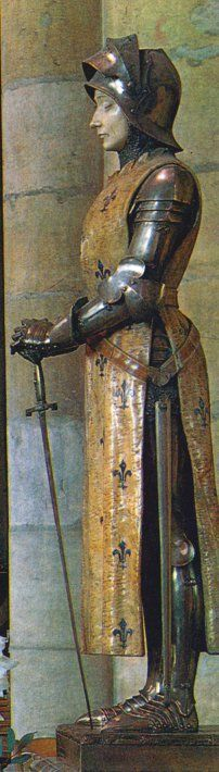 sainte Jeanne d'Arc _ statue de Prosper d'Epinay. Cathédrale de Reims