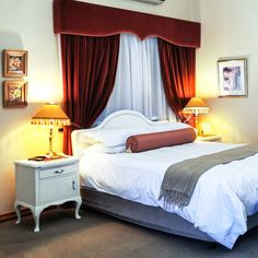 Our honeymoon suite at Pension Marianna Guest House Any bride and groom should feel special on their first night being married. Call us: +27 (0) 21 919 1126/7 Send us an email: vip@pensionmarianna.co.za #pensionmarianna #guesthouse #capetown #bellville #tygervalley #honeymoon #honeymoonsuite #weddingnight #wedding Event Venues, Wedding Venues, Honeymoon Suite, Wedding Night, Vip, South Africa, Groom, Bride, House
