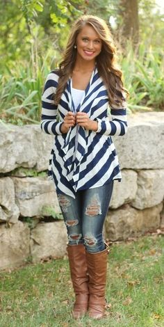 The Pink Lily Boutique - Navy and White Striped Cardigan - love this outfit Fall Winter Outfits, Autumn Winter Fashion, Winter Clothes, Look Fashion, Fashion Outfits, Womens Fashion, Fall Fashion, Looks Style, My Style