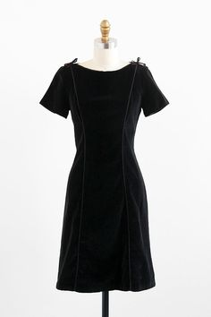 vintage 1960s dress / 60s dress / Black Velvet by RococoVintage, $68.00
