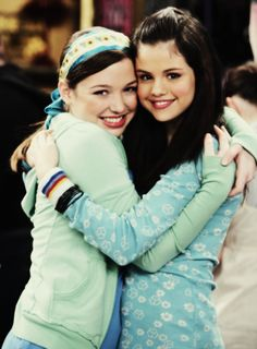 Selena Gomez And Jennifer Stone 2016