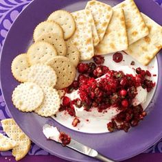 Here's a delicious #treat to snuggle up next to your #sweetheart and share. Holiday Salsa paired with New York Style Pita chips. newyorkstyle.com #yum