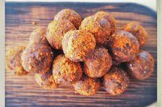 Almond Butter Chocolate Protein Balls [Vegan]