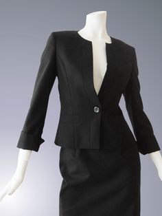 CHARALIST Ladies' Suit. RJ-8 no collar jacket