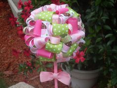 great for a girls birthday ot baby shower-i can use up all the ribbon I have in my craft closet!