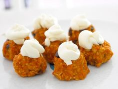 Cool project from www.kiwicrate.com/diy: No-Bake Pumpkin Cookies