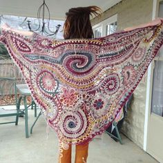 Freehand shawl