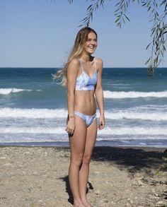 Tahouts Blue Tie Dye Debbie Bikini Top. tahouts.com