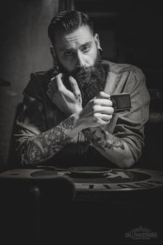 Beards & Tattoos : pompaywax: