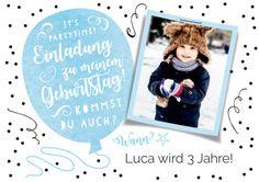 Hippe Einladungskarte In Schwarz Weiß Zum 3. Geburtstag Mit Foto Vom  Geburtstagskind Und Blauem