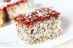 Saftiger Low Carb Mohnkuchen - Rezept