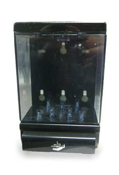 Soft Touch Deluxe Tank Soap Dispenser: Soft Touch push bar operation