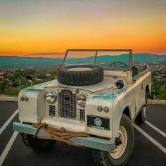 Land Rover 88 Serie II A soft top Live in life horizont. Nice!