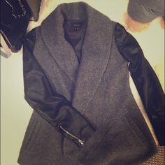Theory cashmere*wool coat/lamb leather sleeves 9.5 like  a completely new coat! Very edgy and pretty! Fantastic quality as Theory always do! Retail price 600+ after tax! Now only 249!! Less than half! Theory Jackets & Coats Trench Coats