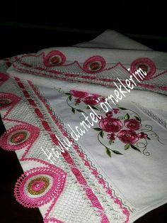 HUZUR SOKAĞI (Yaşamaya Değer Hobiler) Elsa, Projects To Try, Towel, Pattern, Dish Towels, Carpet, Rage, Duke, Tejido