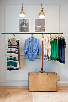ID clothes rack Club Monaco Belgium Shop Interior Design, Retail Design, Store Design, Interior Decorating, Club Monaco, Library Wall, Start Ups, Shops, Bath And Beyond Coupon