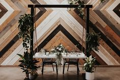 Table setting in fro