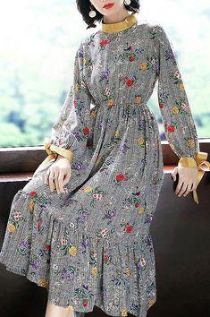 Elegant O-Neck Long Sleeve Floral Print Skater Dress