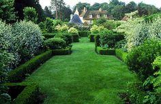 Arabella Lennox-Boyd : Landscape & Architectural Design. Chateau de Reux
