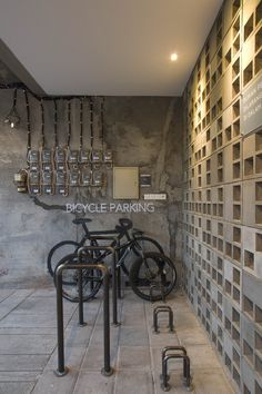 Gallery of Bioclimatic and Biophilic Boarding House / Andyrahman Architect - 13