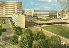 La Courneuve Council Estate, Communist Propaganda, Saint Ouen, Modern Architecture Design, Saint Denis, Urban Industrial, Googie, Brutalist, Urban Planning