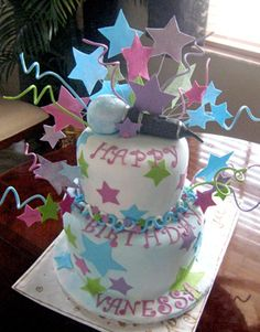 Rock Star Cake Decorations A birthday cake for Camp Rock to make your Rock Party! Fondant Cakes, Cupcake Cakes, Cupcakes, Karaoke Party, Music Party, Beautiful Cakes, Amazing Cakes, Rock Star Cakes, Rock Star Party