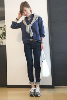 {9836C686-D768-440D-97EF-13E4D5ABCF46:01} Fall Winter Outfits, Summer Outfits, Blouse Online, Japan Fashion, Her Style, Chic Outfits, Fashion Looks, Normcore, Clothes For Women