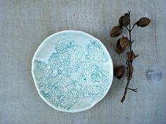 Ceramic lace dish porcelain lace dish porcelain blue par Oerine