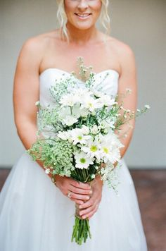 Santa Barbara Wedding by Lavender & Twine Daisy Wedding, Green Wedding, Wedding Bride, Gold Wedding, Bridesmaid Bouquet, Wedding Bouquets, Wedding Dresses, Creative Wedding Inspiration, Wedding Images