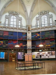 Octagon Library, QMLU (Queen Mary University of London).