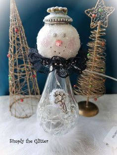 Christmas Decor Diy Cheap, Snowman Christmas Decorations, Christmas Gifts To Make, Shabby Chic Christmas, Snowman Crafts, Christmas Snowman, Christmas Projects, Fall Crafts, Christmas Ornaments