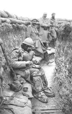 French soldiers in trench