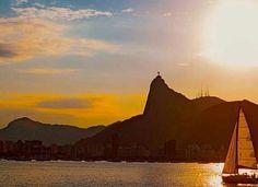 #Rio de céu, de sol, de mar... ...de todos nós! Bom fim de tarde #cidademaravilhosa  Belo click da @celinhacamilocamilo