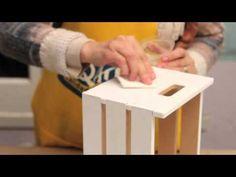 Como realizar decoupage con servilletas y aplicación de vidrio liquido? Eq Arte - YouTube Eq Arte, Mirror Mosaic, Diy Box, Wood Boxes, Wood Turning, Plastic Cutting Board, Flora, Triangle, Scrap