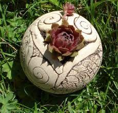 Bildergebnis für keramik im garten