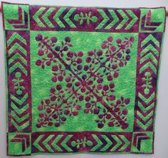 Hand Made Patchwork Quilt Machine Appliqued Bright Green and Mauve,Machine…