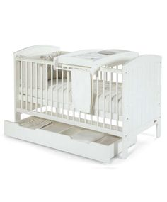 This Hayworth furniture package in Ivory is perfect for smaller nurseries and the cot easily converts into a toddler bed. Get one now at Mamas & Papas. E Room, Kids Room, Small Space Nursery, Small Nurseries, Boy Nurseries, Furniture Packages, Cot Bedding, Mamas And Papas, Bedroom Decor