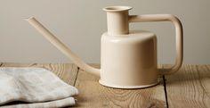 Bilderesultat for jotun varmgrå Jotun Lady, Ceramic Tableware, Grey Paint, Beautiful Wall, Wishbone Chair, Own Home, Color Combos, Terracotta, Color Inspiration