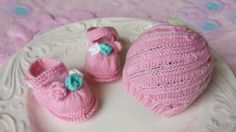 Hand knitted set for baby girl  hat and booties by tinylovegifts, $29.00