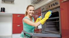 Oven Cleaning Course Do you work in a commercial kitchen or want to start your own oven cleaning business? This Oven Cleaning… Weekly Cleaning, Oven Cleaning, Cleaning Hacks, House Cleaning Company, House Cleaning Services, Residential Cleaning, Cleaning Business, Commercial Kitchen, Happy Women
