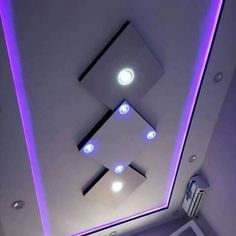 Examples of modern living room ceiling design. Modern ceiling design gives each room a highlight and a character all of its own. House Ceiling Design, Ceiling Design Living Room, False Ceiling Living Room, Bedroom False Ceiling Design, Home Ceiling, Modern Ceiling, Ceiling Ideas, Ceiling Lights, Dark Wood Bed